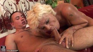 отличный вариант Товаррищь порно кончает от огромного члена мне кажется это великолепная